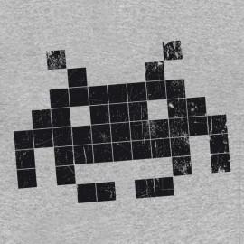 invasores del espacio camisa gris