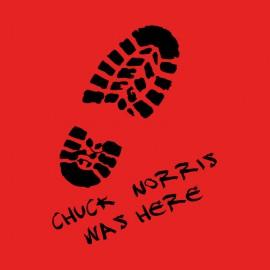 Norris Chuck camisa roja estaba aquí