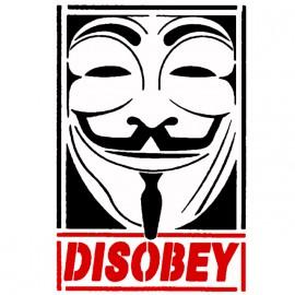 Camiseta blanca desobedece Anónimo