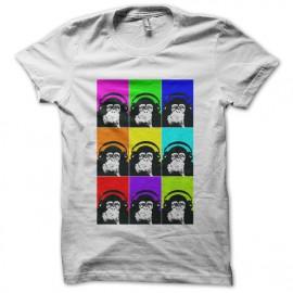 camiseta con auriculares mono blanco