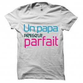 An almost perfect t-shirt Papa white