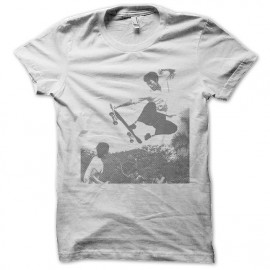 Bruce Lee camisa blanca del monopatín