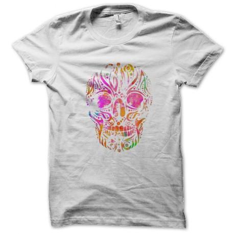 camisa blanca del cráneo del arte