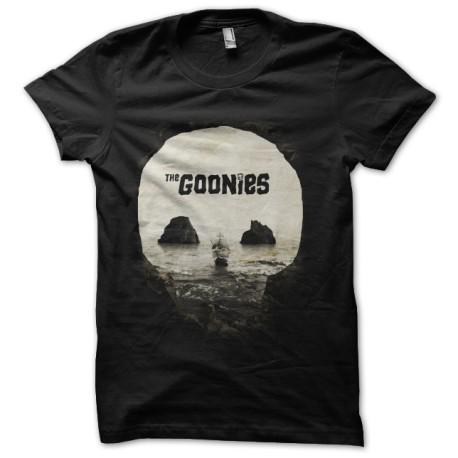 the model original goonies t-shirt